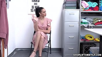 Horny Latina MILF thief Gia Vendetti uses her juicy wet pussy to fuck with the police and get out of trouble.