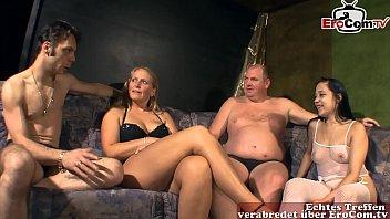 Deutsche amateur swinger party mit normalen Frauen von nebenan