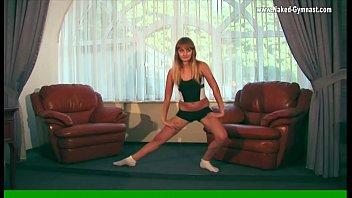 Average Ukrainian teen Promokashka is a gymnast