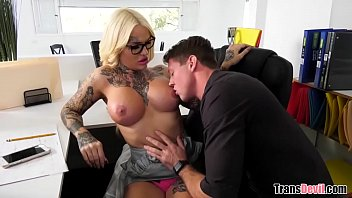 Young intern fucks his tranny boss