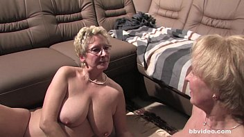 Sexy amateur grannies - Bbvideo.com german grannies plays with their twats