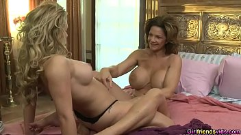 Sweet hot chick Cherie De Ville loves wet pussy