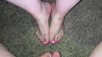Cumhots on beautiufl Sexy feet and toes CUMPILATION (Amatuer Latina Feet)