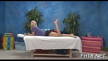 Sexy bombshell supplicate her therapist to screw her