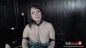 Lindsay 22j. beim BDSM Sklaven-Casting
