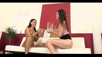 Petite Angels Like Sex And Pissing 5 Min