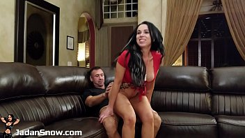 Jadan Snow Finds a New Huge Cock Talent On Her Casting Couch