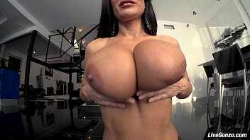 Nude pictures of lisa niemi Livegonzo lisa ann busty mature slut gets down and dirty