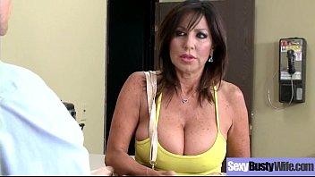 Sexy Housewife (Tara Holiday) With Big Jugss Nailed Hardcore On Cam Vid-24