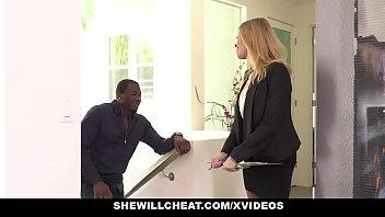 SheWillCheat - Slut Wife Britney Amber fucks famous football players BBC Vorschaubild