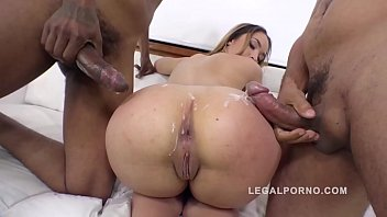 Briana Bounce gangland style 3on1 interracial DP in that Big Butt