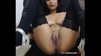 Sweet pussy Latina live masturbated on cam porno izle