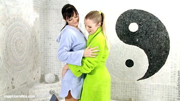 Bathtub Beauties by Sapphic Erotica - Sally and Salma have lesbian fun