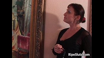 Young ripe tits - Old milf gets satisfied by some young