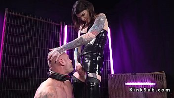 Dominatrix and tranny porn Dominatrix tranny in latex anal fuck sub