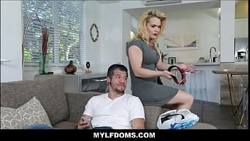 Milf Step Mom Multiple Squirt Orgasms While Wearing Dog Collar