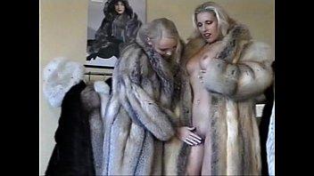 Chubby milf in fur coat blow job