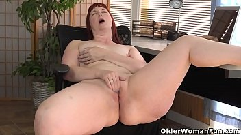 Breast reconstruction inner thigh fat American milf scarlett spreads her thunder thighs