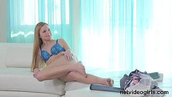 Blonde Teen Gets Creampied At Audition thumbnail