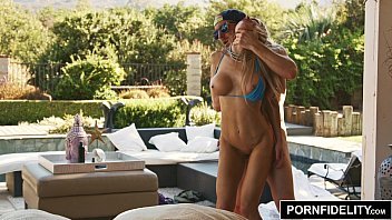 Fitness bikini models Pornfidelity hot milf facialed by the pool