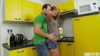 Rihanna Samuel&rsquo_s deep throat gets filled with huge cock in the kitchen