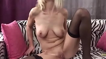 Amateur MILF Sticks A Toy Inside Her Pussy Then Tastes The Juices