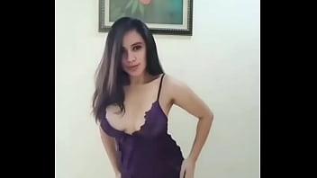 GOYANG BUGIL CEWEK INDO pornhub video