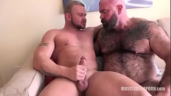 Gay hairy muscle porn - Will finds a muscle boy to fuck