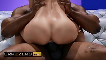 (Lilly Lit, Davin King) - Getting Her Fill - Brazzers