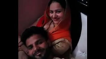 Desi girl fucked room hindi