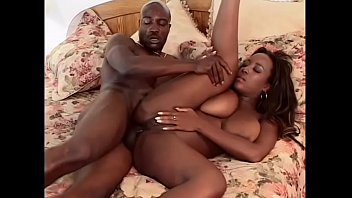 Skilled black street whore Sierra serves client like nobody else before