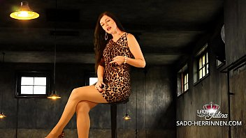 Painful JOI for submissive poppers slaves from Lady Julina