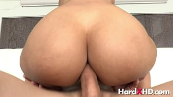 Nakenprat anal deluxe - Big assed anal cowgirl andreina deluxe