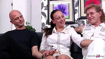 Reifes Deutsches Paar Beim Ersten Cuckold MMF Dreier Sex