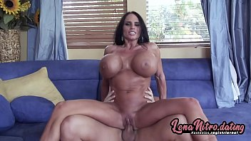MILF with HUGE tits enjoys a hard boning & a load of sticky semen! ▬ Get yourself a fuck date on lenanitro.dating! ►►►