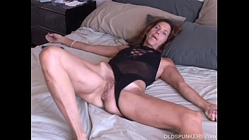 Sherry the anus - Mature amateur loves it anal