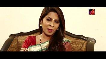 South Bhabhi Hot Performs