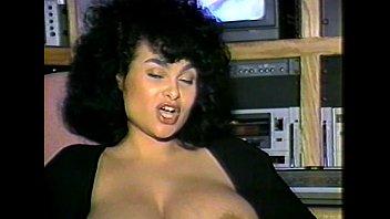 LBO - Breast Worx Vol 08 - cena 3 - extrair 2