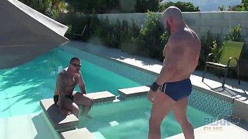 Video gay bears - Carlo cox and marc angelo at bear films - gay tube videos - gaydemon