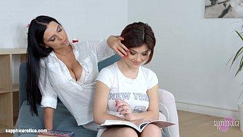 Lesson dreams by Sapphic Erotica - sensual lesbian scene with Kyra Queen Veronic porno izle