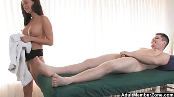Adult itch topical medication Adultmemberzone masseuse decides to have fun with her next client.