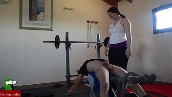 Exercising cock and balls CRI171