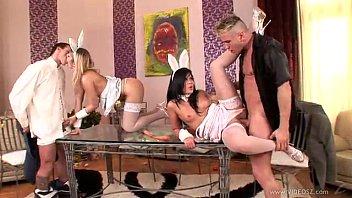 sex-bunnies-scene1.360p