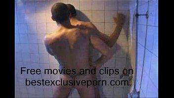 Voyeur: Sex in the shower Thumb