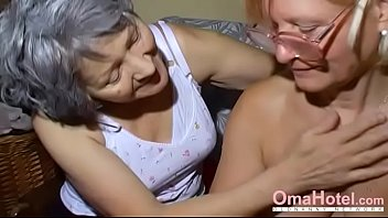 Horny old mature mom Omahotel two mature lesbians playing together