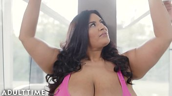 ADULT TIME Stunning BBW Sofia Rose Teases Trainer Before Hot Erotic Fuck