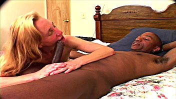 Slut dreigroschenoper Milf lindi star white trash slut fucked by bbc 2