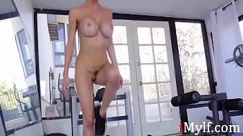 Fit MILF Pussy In Gym Gets Screwed- Alexis Fawx