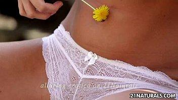 Vanda Lust - Flower