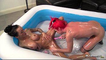 Shebang.TV - Kimmy Cumlots & Chantelle Fox Vorschaubild
